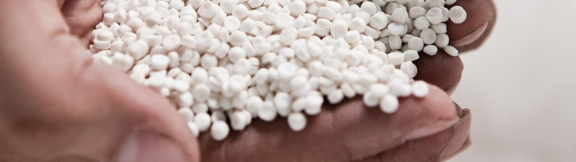 Ribeirão Preto ganha indústria  de ponta que produz embalagens a partir da reciclagem de embalagens de agroquímicos