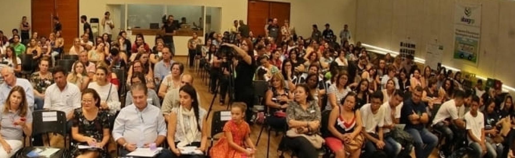 A tradicional palestra, que marca a abertura das atividades do Programa no ano letivo, acontecerá no dia 23 de março, no Teatro do Campus da USP, em Ribeirão Preto. Além de temas relacionados ao agronegócio serão abordados aspectos de educação midiática.