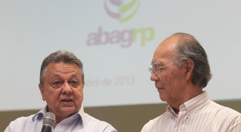 Roberto Rodrigues e Içami Tiba abrem Programa Educacional